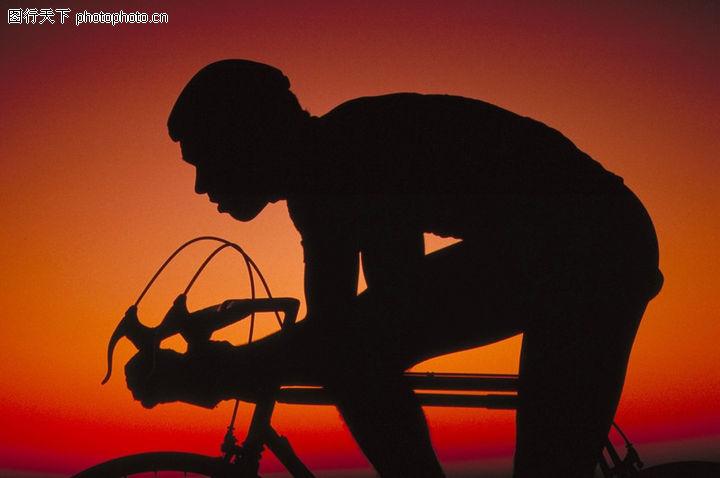 骑自行车 弯腰