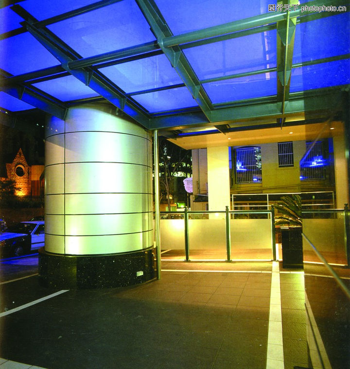 社会空间0017 社会空间图 室内图库 田字形吊顶 白色发光支柱 木地板 高清图片