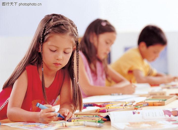 儿童表情,亲子教育,写作业