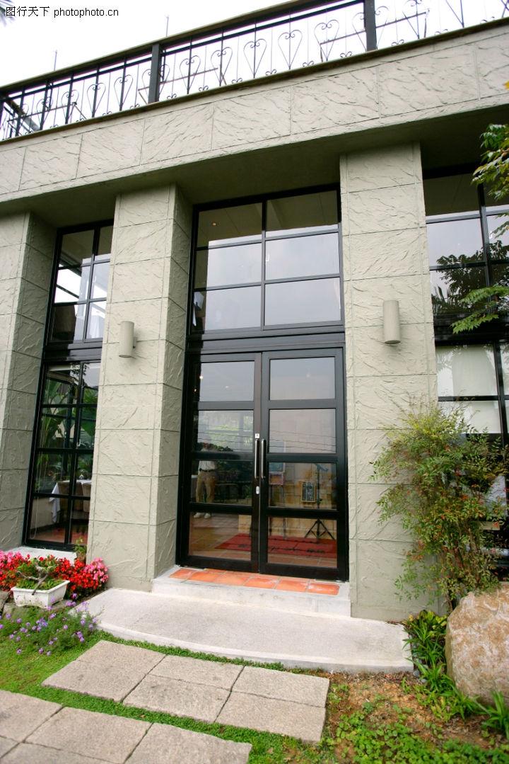 台湾方芳包青天剧照 厨房玻璃门效果图 饭店玻璃门