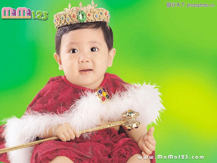 可爱的宝宝 儿童 维吾尔 男婴 发呆