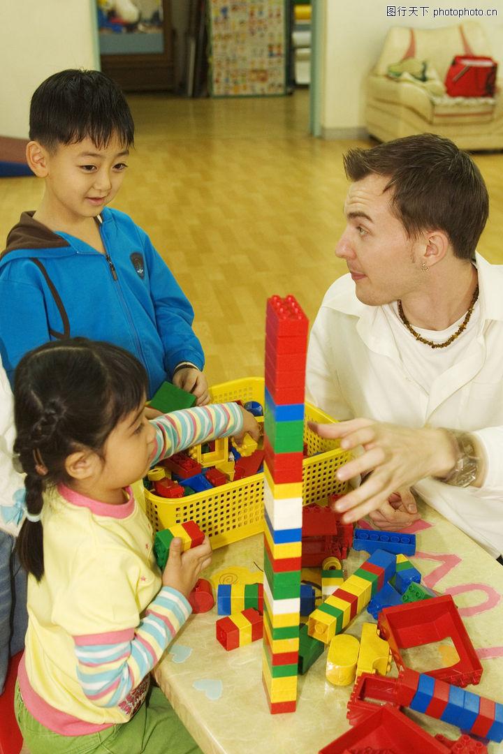 学前教育,儿童,桌子 积木