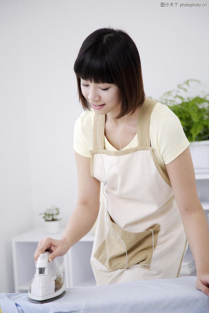 女性厨房0006-女性厨房图-生活图库-认真 专注