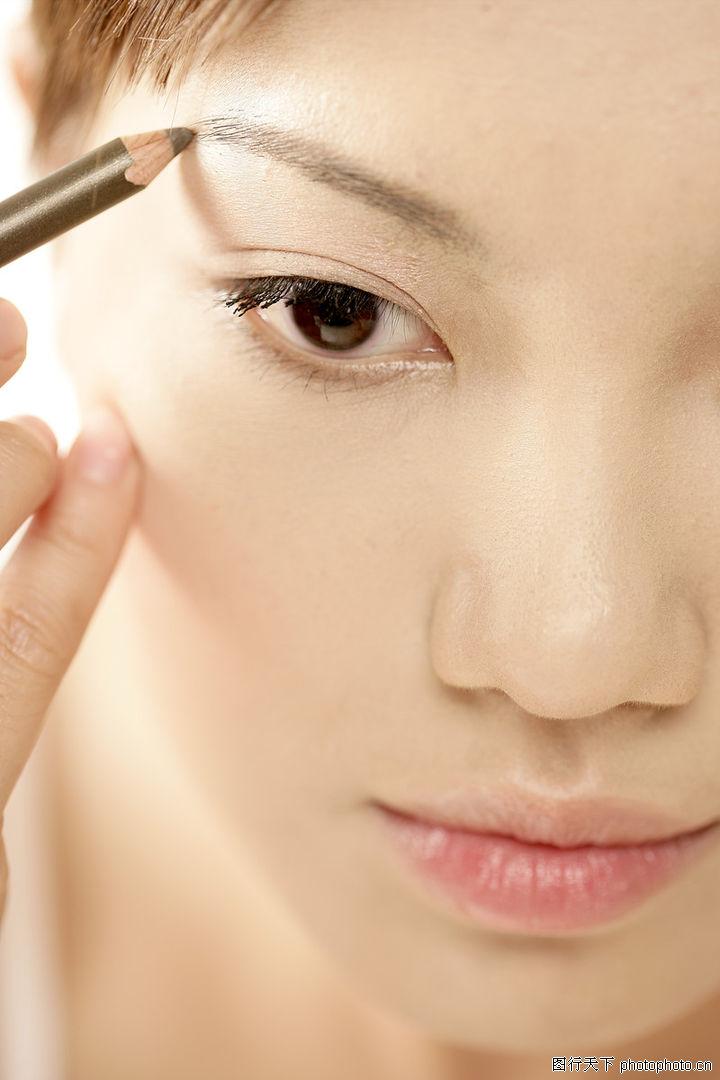 画过的眉毛图片画眉毛-美容 女性妇女 350 JPG图片