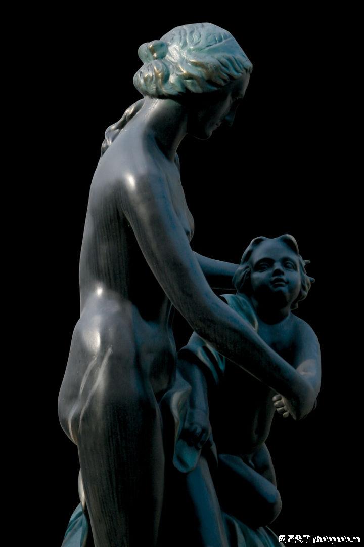 母亲与小孩雕塑雕像; 欧洲雕塑0177;