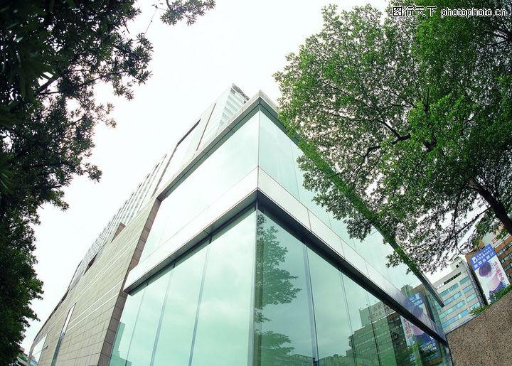 楼宇空间,建筑室内空间,城市一角 建筑物仰拍 绿树环绕,楼宇空间0008