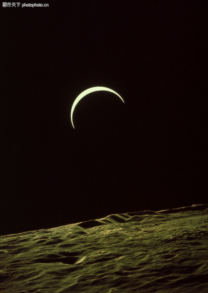 夜晚月亮电脑图
