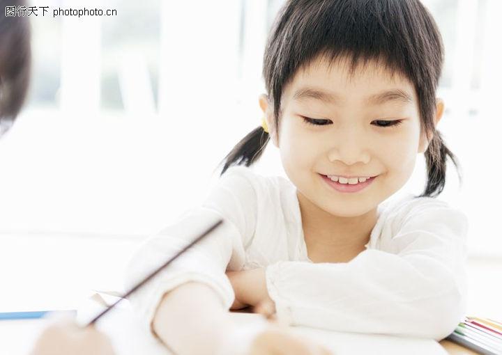 儿童幸福得微笑图片